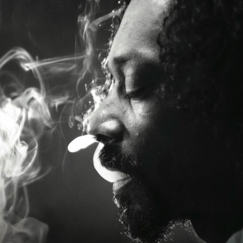 Snoop Lion & Major Lazer – Lighters Up (video)