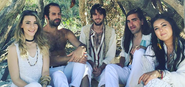 "Crystal Fighters estrenan nueva canción ""All Night"""